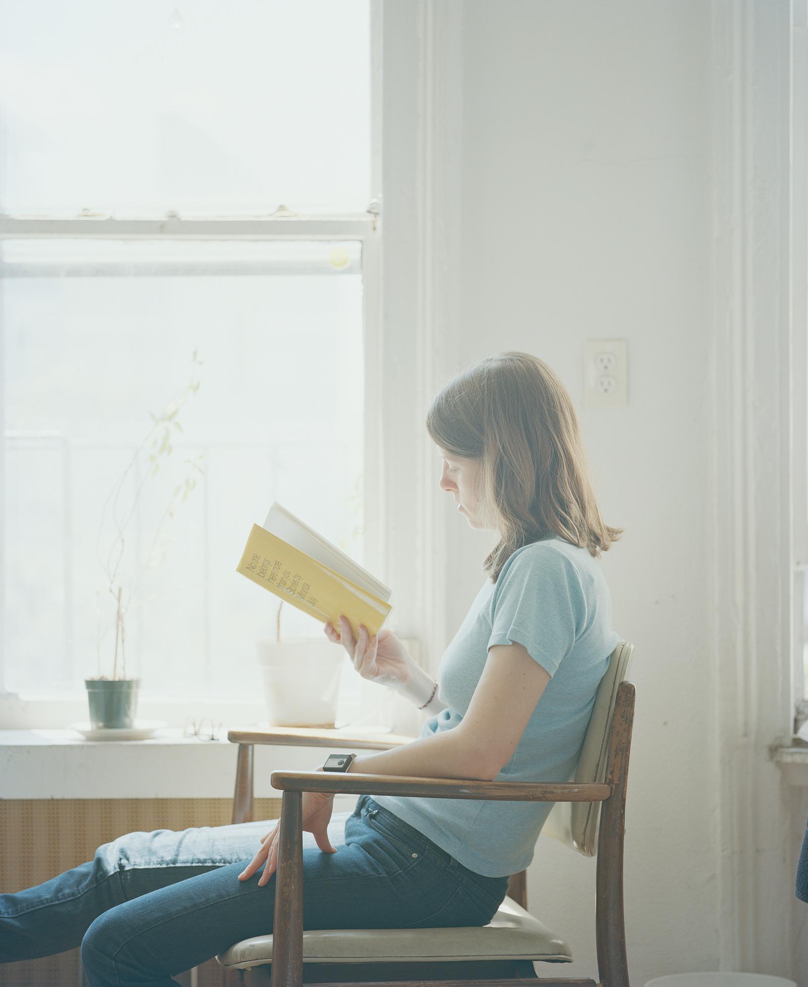 carrie schneider work reading women portraits